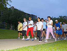 School and lender customers rose by 6:30 a.m. to complete this year's Financial Aid 4K Fun Run/Walk.